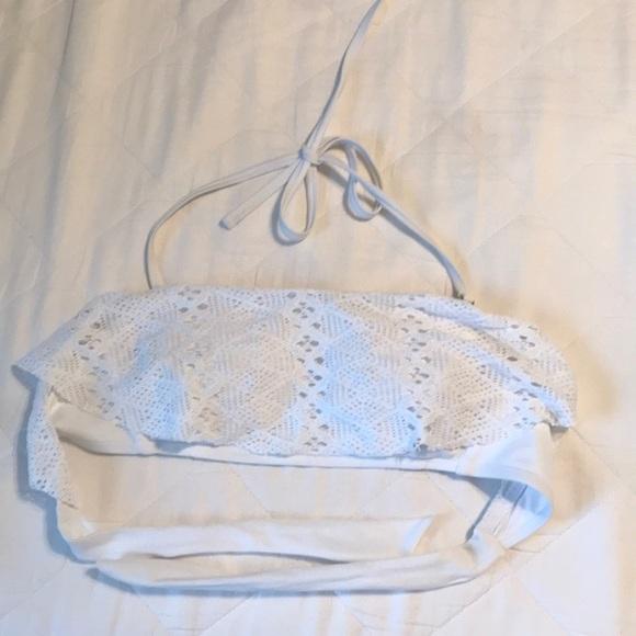 Xhilaration Other - Xhilaration Size Md. all white bathing suit top